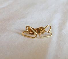 Gold Wire Heart Post Earrings  VALENTINE'S by PandaStringsJewelry
