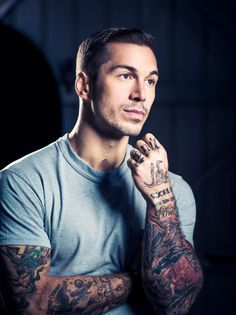 Can I start a fine guy Friday trend? Alex Minsky, former combat Marine veteran turned fitness model. Semper Fi and good lord. Michael Stokes, Cool Tattoos For Guys, Men With Tattoos, Look Girl, Inked Men, Sailor Jerry, Raining Men, Art Of Living, Attractive Men