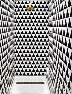 Nate Berkus's shower is the definition of trippy.