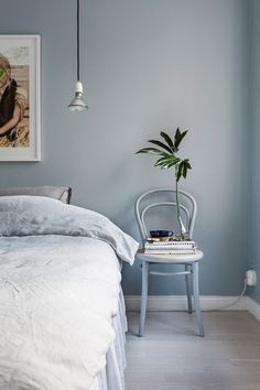 Blue Bedroom Wall – Home Bedroom Blue Bedroom Walls, Bedroom Wall Colors, Home Bedroom, Modern Bedroom, Bedroom Decor, Master Bedroom, Best Colour For Bedroom, Light Blue Bedrooms, Dulux Bedroom Colours