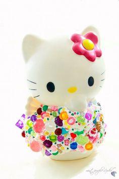 Deco Hello Kitty piggy bank Mint Purple Studio (R) https://www.facebook.com/media/set/?set=a.501336583251185.125115.111905135527667=3