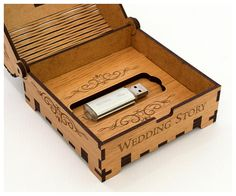 Caja pequeña de madera. Caso USB boda boda USB caja historia