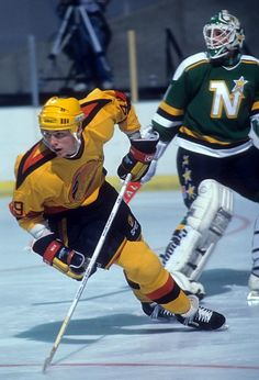e2d8faf7921 Trevor Linden of the Vancouver Canucks skates on the ice during an NHL game  against the