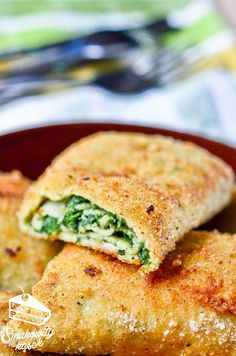 Croquettes With Spinach Best Appetizer Recipes, Best Appetizers, Dinner Recipes, Healthy Recipes, Savory Pastry, Crunch, Food And Drink, Healthy Eating, Meals