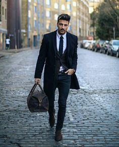 20 men 39 s fashion blogs you need to know in 2018. Black Bedroom Furniture Sets. Home Design Ideas