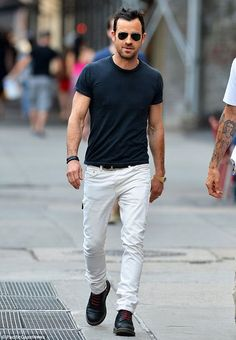 The Ever lasting Combination – White Denim With Black Tshirt. The trick is, add an accessory to it.