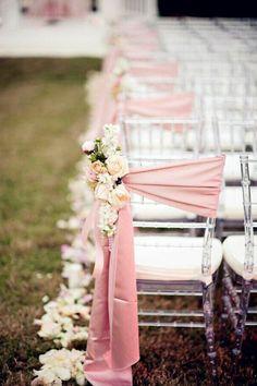 choisir la décoration originale pas cher et jetable pour les chaises de votre mariage