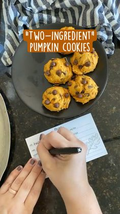 Cake Mix Recipes, Easy Cookie Recipes, Cookie Desserts, Pumpkin Recipes, Healthy Desserts, Fall Recipes, Delicious Desserts, Yummy Food, Yummy Treats