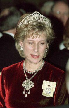 Duchess Birgitte of Gloucester wearing the Gloucester Honeysuckle Tiara made by Garrards