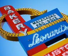 Leonard's Bakery - Malasadas, Pao Doce, Malasada Puffs, Pao Doce Pups, and more. Hawaii Vacation, Hawaii Travel, Waikiki Food, Malasadas Recipe, Oahu Things To Do, Hawaii Homes, 10 Year Anniversary, Honolulu Hawaii, Future Travel