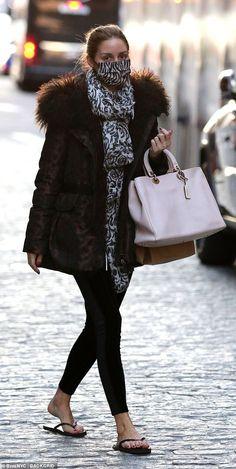 Olivia Palermo Lookbook, Olivia Palermo Style, Paris Fashion, Winter Fashion, Women's Fashion, New Mode, Her Style, Winter Outfits, Ideias Fashion