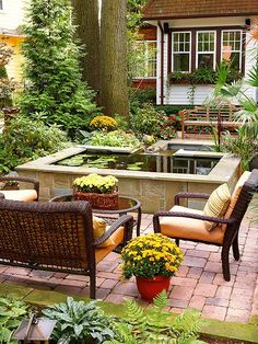 20 Landscaping Ideas to Perk Up Your Backyard 2019 Raised garden pond to match my raised planters? The post 20 Landscaping Ideas to Perk Up Your Backyard 2019 appeared first on Landscape Diy. Large Backyard Landscaping, Backyard Seating, Ponds Backyard, Garden Seating, Landscaping Tips, Backyard Ideas, Pond Ideas, Landscaping Software, Courtyard Landscaping