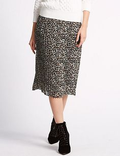 ab38a5d602 82 Best leopard print pleated skirt images in 2019