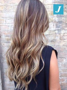 Le sfumature inimitabili del Degradé Joelle #cdj #degradejoelle #tagliopuntearia #degradé #igers #musthave #hair #hairstyle #haircolour #longhair #ootd #hairfashion #madeinitaly #wellastudionyc