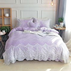 The elegant and romantic purple ruffle bedding sets for girls update the bedroom decor! The vintage shabby chic purple ruffle bedding sets for girls feature colorful ruffle pattern, give your bedroom a classy and stylish makeover. Shabby Chic Bedrooms, Bedroom Vintage, Trendy Bedroom, Shabby Chic Furniture, Shabby Chic Decor, Victorian Bedroom, White Duvet Covers, Luxury Duvet Covers, Luxury Bedding Sets