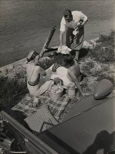 Couture Allure Vintage Fashion: Summer Vacation Fun - Have a Picnic!