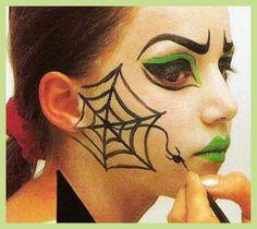 Grimtout maquillage l 39 eau tigre rugissant tape 4 for Como pintarse de bruja guapa
