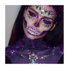 """Gefällt 446 Mal, 12 Kommentare - Treasure House Of Makeup (@treasuremakeup) auf Instagram: """"W O W  stunning work by @loveinartmakeup on @dominique_mullen ✨ #mehronmakeup #happyhalloween…"""""""