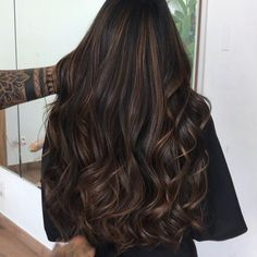 Long Wavy Ash-Brown Balayage - 20 Light Brown Hair Color Ideas for Your New Look - The Trending Hairstyle Brown Hair Balayage, Brown Blonde Hair, Hair Color Balayage, Ombre Hair, Black Hair With Brown Highlights, Dark Hair With Lowlights, Subtle Balayage Brunette, Asian Hair Highlights, Brunette With Caramel Highlights