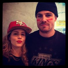 felicity and oliver | Stephen-Amell-Emily-Bett-Rickards-oliver-and-felicity-33526213-500-500