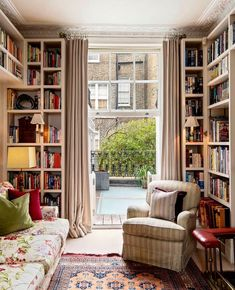 Cozy Home Library, Dream Library, Library Ideas, Cozy Nook, House Rooms, Cozy House, Apartment Living, Home And Living, Living Rooms