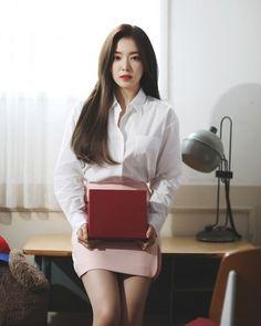 Kpop Girl Groups, Kpop Girls, Red Velvet Photoshoot, Velvet Wallpaper, Red Valvet, Botas Sexy, Red Velvet Irene, Seulgi, Asian Beauty