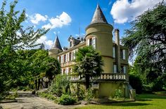 Dating back to the 19th Century, an elegant Chateau in the Lauragais, Pays Cathare.