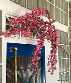 Retro y con encanto: Flores para una entrada