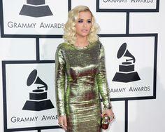 Rita Ora de Lavin en los Grammy 2014
