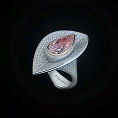 "Maxim Voznesensky. Via G-LuxuryEnterprises (@gluxuryent) on Instagram: ""#maximv #pinkdiamond #diamonds #whitediamonds #whitegold #gold"