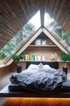 5 free DIY Tiny House plans to help you live the small and happy life # . 5 free DIY Tiny House plans to help you lead a small and happy life # tiny house , 5 Free DIY Tiny House Plans to Help You L. Dream Rooms, Dream Bedroom, Small Room Bedroom, Master Bedroom, Bed Room, A Frame Bedroom, Nature Bedroom, Tiny House Bedroom, Bedroom Shelves