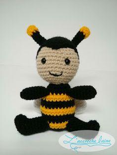 Textual description of firstImageUrl Crochet Bee, Crochet Amigurumi, Amigurumi Toys, Amigurumi Patterns, Crochet Toys, Tweety, Lana, Giraffe, Sewing Crafts