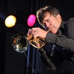 """Rick Braun ~ Smooth Jazz Trumpet Player He also collaborated with saxophonist Boney James on a remake of the Hugh Masekela's """"Grazin' in the Grass."""" In addition to his solo career, Braun also plays in the band BWB, with saxophonist Kirk Whalum and guitarist Norman Brown."""
