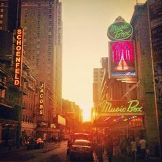 The magical sunset tonight in front of @Pippin Musical gorgeous day in #nyc by @HeathSchmeath