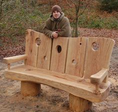 Great Ideas for Wood Table Projects Finding your place in wood furniture plan is such a great feeling. Outdoor Furniture Plans, Log Furniture, Log Projects, Diy Wood Projects, Tree House Plans, Diy Bench, Woodworking Crafts, Wood Benches, Wall Photos