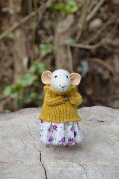 Little Sweety Mouse  Felting Dreams von feltingdreams auf Etsy, $88.00