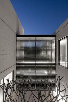 Concrete House in Israël by Studio de Lange
