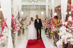Saída dos noivos - cerimônia - casamento
