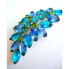 JULIANA D&E Blue Teal Leaf Rhinestone Brooch, Green Peridot, Marquis,... ($48) ❤ liked on Polyvore featuring jewelry, brooches, vintage jewelry, leaf brooch, vintage brooch, vintage green jewelry and green jewelry