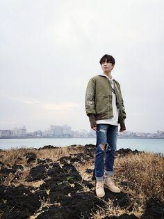 """My life is a cheeseburger"" - Jeon Wonwoo Woozi, Jeonghan, Seventeen Wonwoo, Seventeen Debut, Vernon, Rapper, Cuerpo Sexy, Hip Hop, Jeongguk Jeon"
