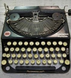 Remington Portable no. 2. This is a fabulous little typewriter. You have to raise the typebars with a knob at the right-hand side before you type. Sturdy and rewarding to use.