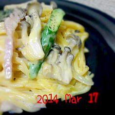 最近パスタ率高し… - 217件のもぐもぐ - カルボナーラ by sakezuki