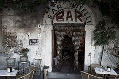 Bar Vitelli a Savoca (ME) famoso per una scena de Il Padrino girata nel 1972