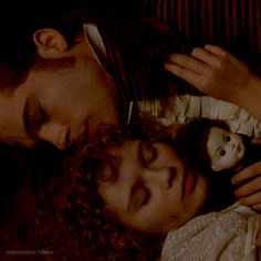 Interview with the Vampire - Louis (Brad Pitt) and Claudia (Kirsten Dunst) It remains me, me and my dad when i was a little girl. The Best Films, Great Movies, Brad Pitt, Anne Rice Vampire Chronicles, Lestat And Louis, Queen Of The Damned, Interview With The Vampire, Vampire Love, Movie Gifs