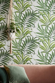 Wallpaper Samples, Pattern Wallpaper, Vert Olive, Tropical Wallpaper, White Patterns, Basic Colors, Ferns, Shades Of Green, Decoration
