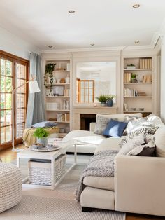 The One Thing to Do for A Love Beige Color For Your Living Room Ideas – homedecorsdesign Coastal Living Rooms, Small Living Rooms, New Room, Home Living Room, Living Room Designs, Living Room Decor, Living Spaces, Interior Design Courses, House Inside