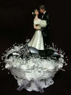 Motorcycle Eye Gazing Couple Here Is The Perfect Cake Topper For Having An