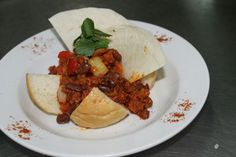 Mexico chili concarne IDR 70.000 nett Hot chili minced beef, red bean, paprika, served with soft roll bread Only @Hotel Grand Zuri Dumai Come and try it guys