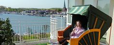 Ostsee Strandkorb in Travemünde. Strandkorb gekauft im Fachhandel ... Fair Grounds, Fun, Travel, Baltic Sea, Vacation, Viajes, Destinations, Traveling, Trips
