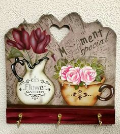 Tole Painting, Fabric Painting, Painting On Wood, Book Crafts, Diy And Crafts, Big Girl Bedrooms, Shabby Chic Wall Decor, Wooden Cutouts, Chic Wallpaper